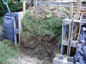 Making a new compost bin is a great job for a cold day in winter.